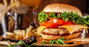 Sosok Dibelakang Pembuatan Cheeseburger Pertama